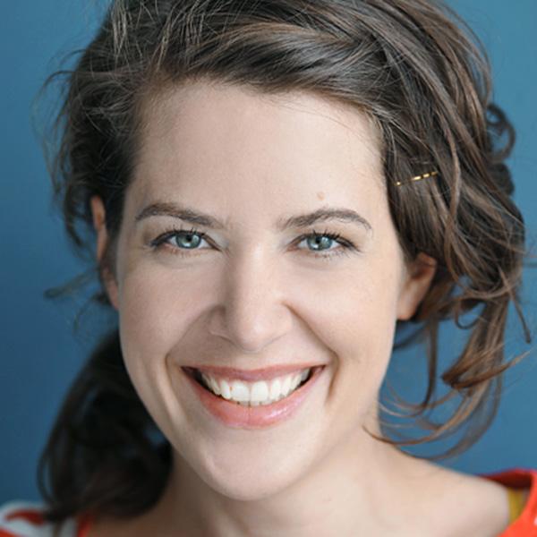Jenny Kirschblum ist Schauspielerin beim Kindertheater Zauberflöckchen