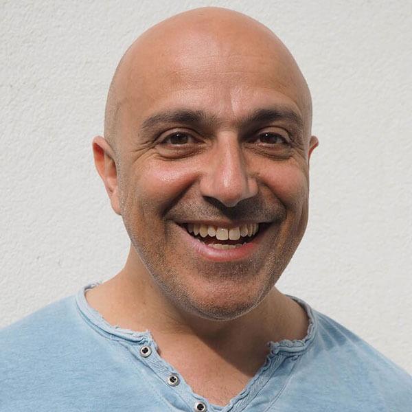 Massimo Tuveri ist Regisseur beim Kindertheater Zauberflöckchen